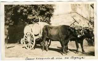 Carro cargado de vino en Arganza