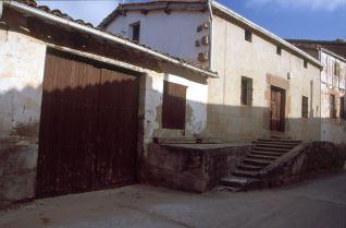 Barrio bodegas Canillas de Riotuerto