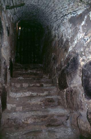 Interior bodega Torrecilla sobre Alesanco