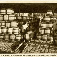 Almacenando barriles